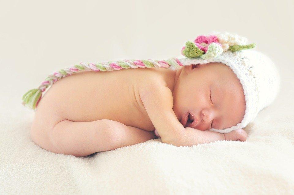 Bebé recién nacido / Imagen tomada de: Pixabay