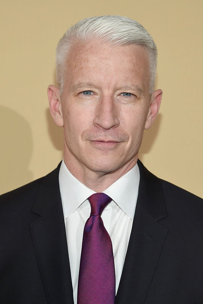 Anderson Cooper attends CNN Heroes 2015 - Red Carpet Arrivals on November 17, 2015, in New York City. | Source: Getty Images.
