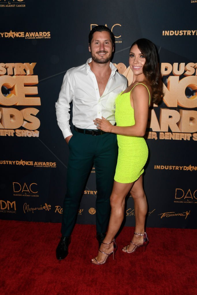 Val Chmerkovskiy and Jenna Johnson-Chmerkovskiy attend the 2019 Industry Dance Awards at Avalon Hollywood. | Photo: Getty Images