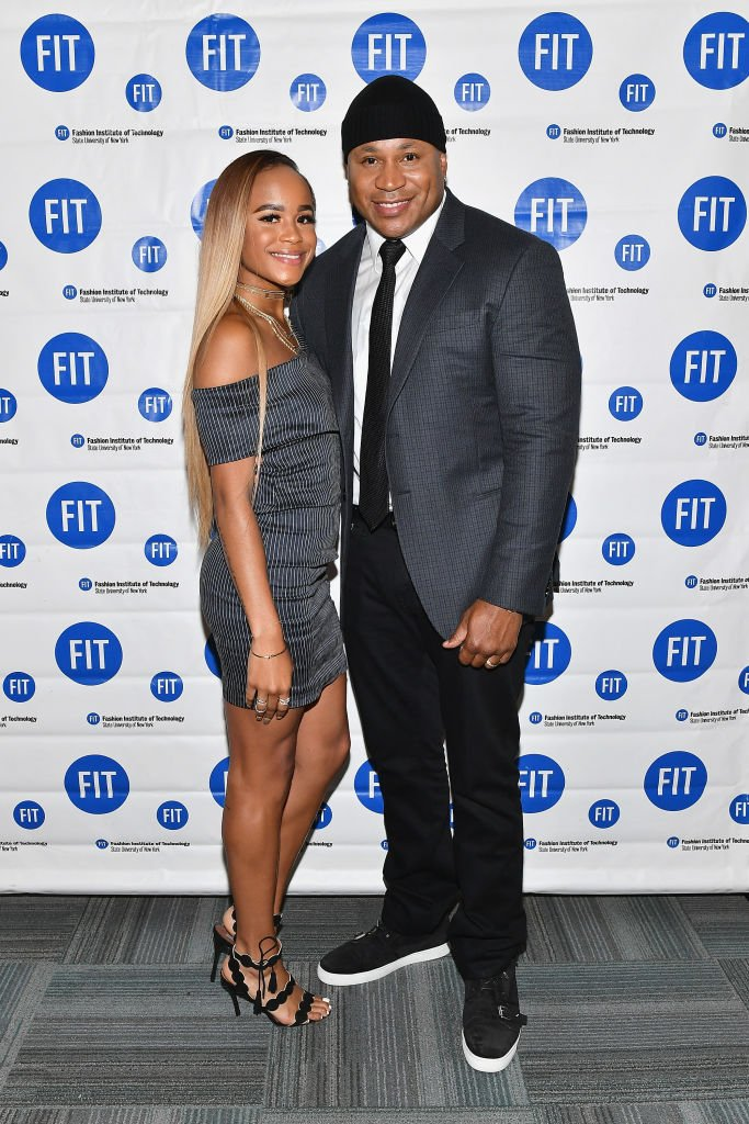 Samaria Leah Smith and her father LL Cool J attend the 2017 Commencement Ceremony of The Fashion Institute of Technology on May 25, 2017. | Photo: Getty Images