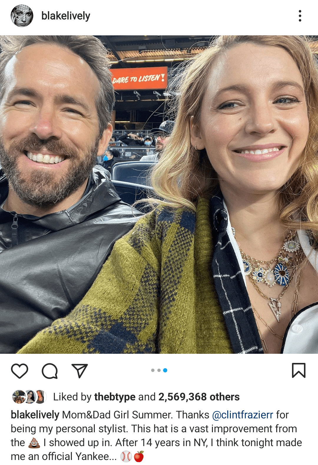 Ryan Reynolds and Blake Lively at a baseball game | Photo: Instagram/blakelively