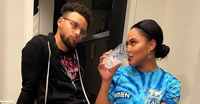 Steph Curry Poses With His Adorable Family at the Beach — Fans Think Eldest Daughter Is His Twin
