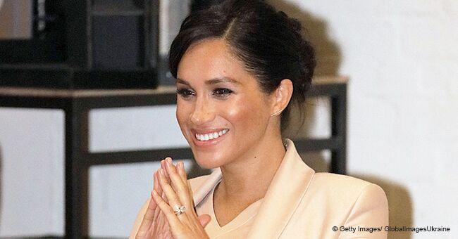 Voici comment Meghan Markle brise des décennies de tradition royale en choisissant une poussette