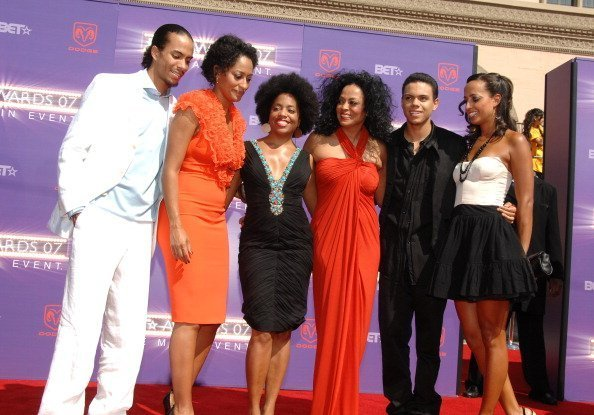 Diana Ross, and her kids on the red carpet | Photo: Getty Images