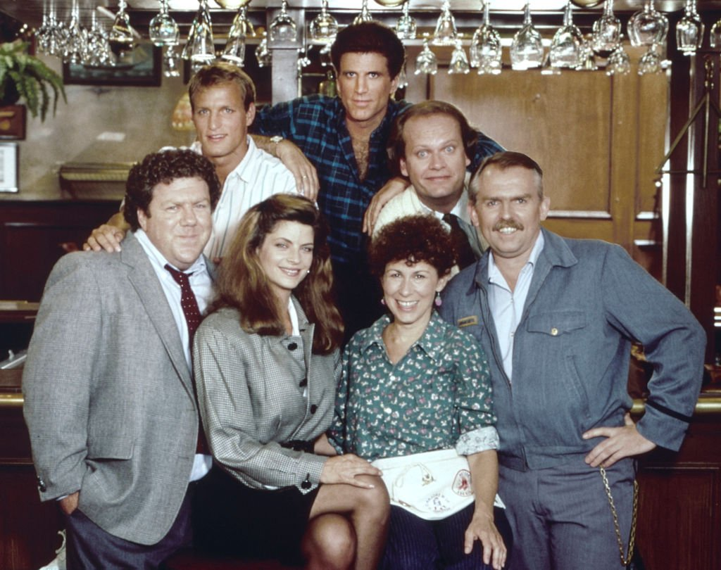 Cheers cast members pose for a portrait in October 1983 in Los Angeles, California | Photo: Getty Images