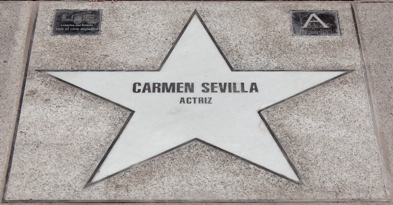 Estrella de Carmen Sevilla en el Paseo de la Fama de Madrid. || Fuente: Getty Images