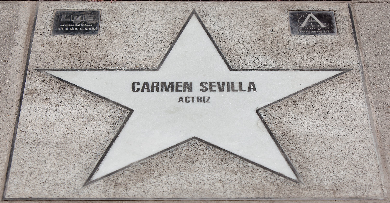 Estrella de Carmen Sevilla en el Paseo de la Fama de Madrid || Fuente: Getty Images
