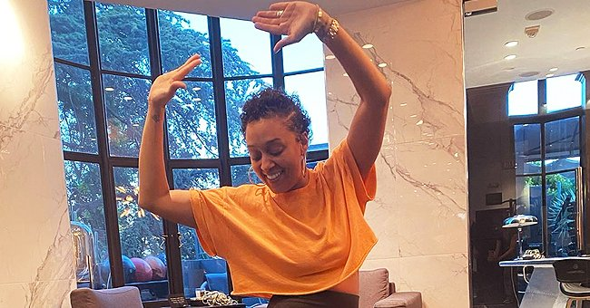 Tia Mowry from 'Sister, Sister' and Mother of Two Works on Strengthening Her Post-Pregnancy Midsection in New Post
