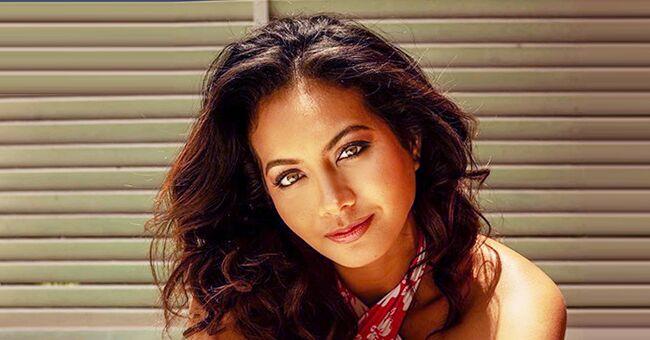 Vaimalama Chaves étonne ses fans en montrant une photo la tête à l'envers à Tahiti