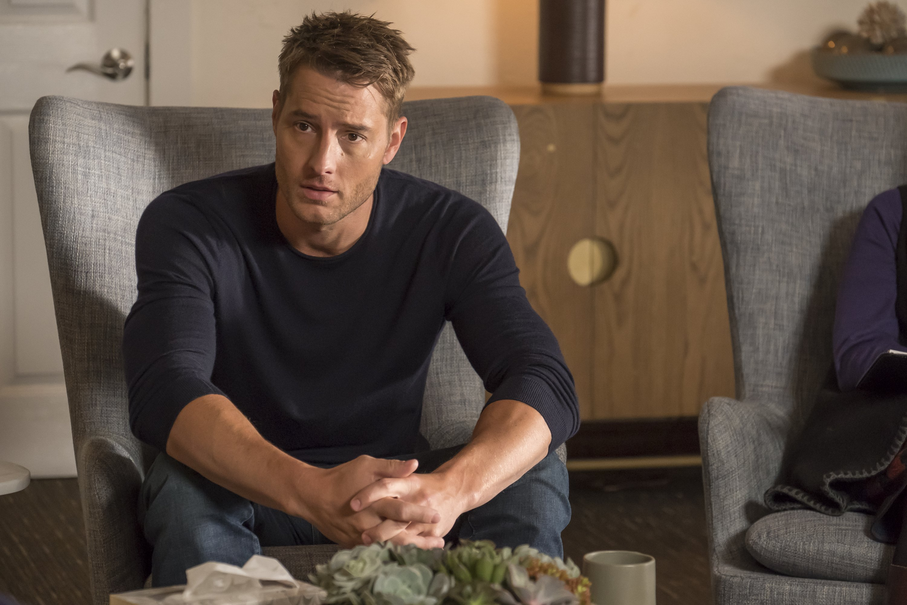 """This Is Us""- ""The Fifth Wheel"" Episode 211 -- Pictured: Justin Hartley as Kevin 