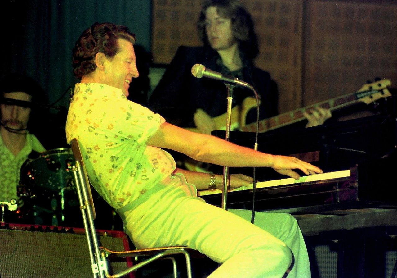 Jerry Lee Lewis in 1977 | Photo: Wikimedia Commons
