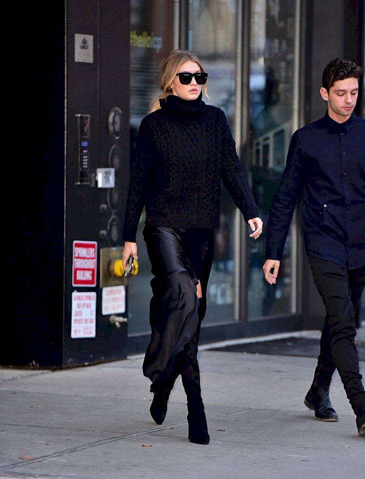 Gigi Hadid on the streets of Manhattan Photo   Getty Images