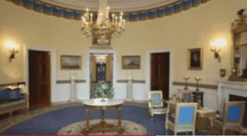 Le nouveau look de la Chambre Rouge à la Maison Blanche   Photo : Youtube / AP