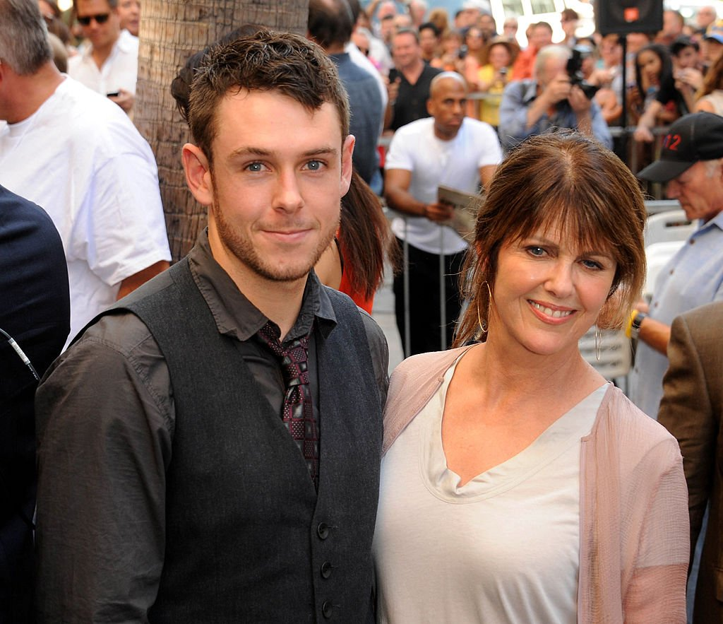 Pam Dawber and Sean Harmon at the Mark Harmon star ceremony on the Hollywood Walk of Fame on October 1, 2012 | Source: Getty Images