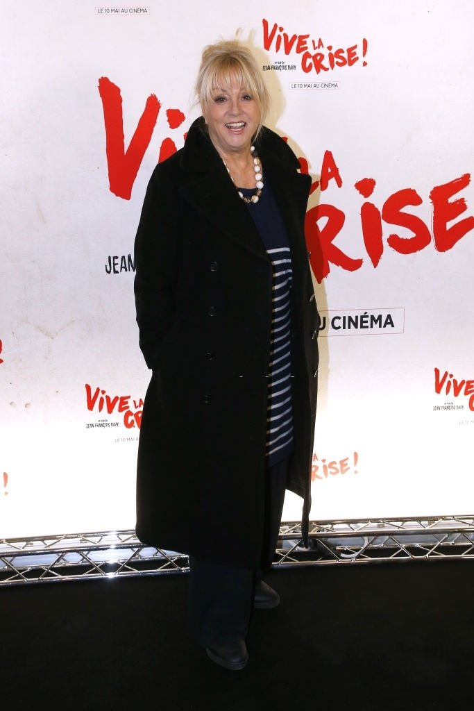 "PARIS, FRANCE - 02 MAI : L'actrice Mylène Demongeot assiste à l'avant-première parisienne de ""Vive la crise"" au Cinéma Max Linder le 2 mai 2017 à Paris, France. 