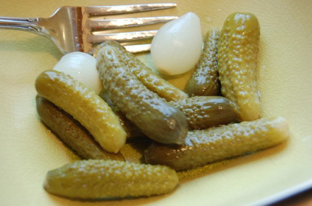 Des cornichons. l Source : Flickr