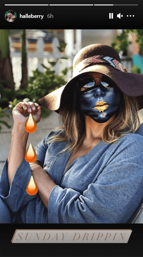 Popular actress Halle Berry posing in a unique face mask on Instagram | Photo: Instagram/halleberry