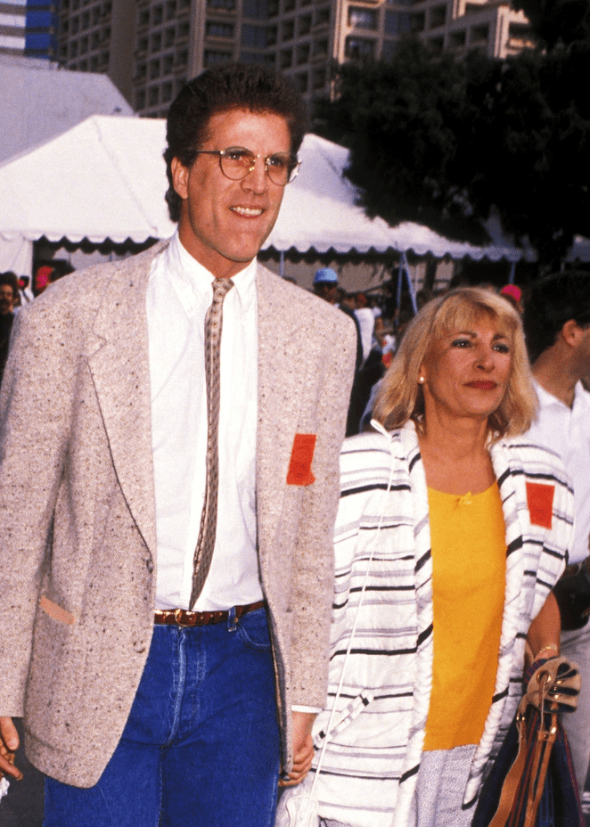 "Ted Danson and Casey Coates during ""Earthwalk Benefit"" - April 22, 1990 