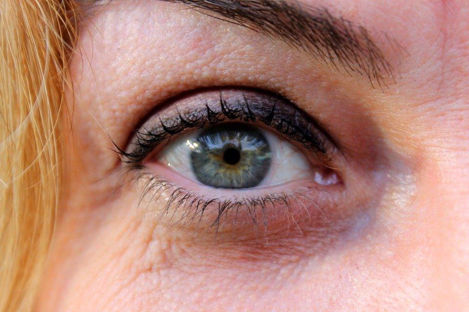 Un œil d'une femme | Image : Pixabay