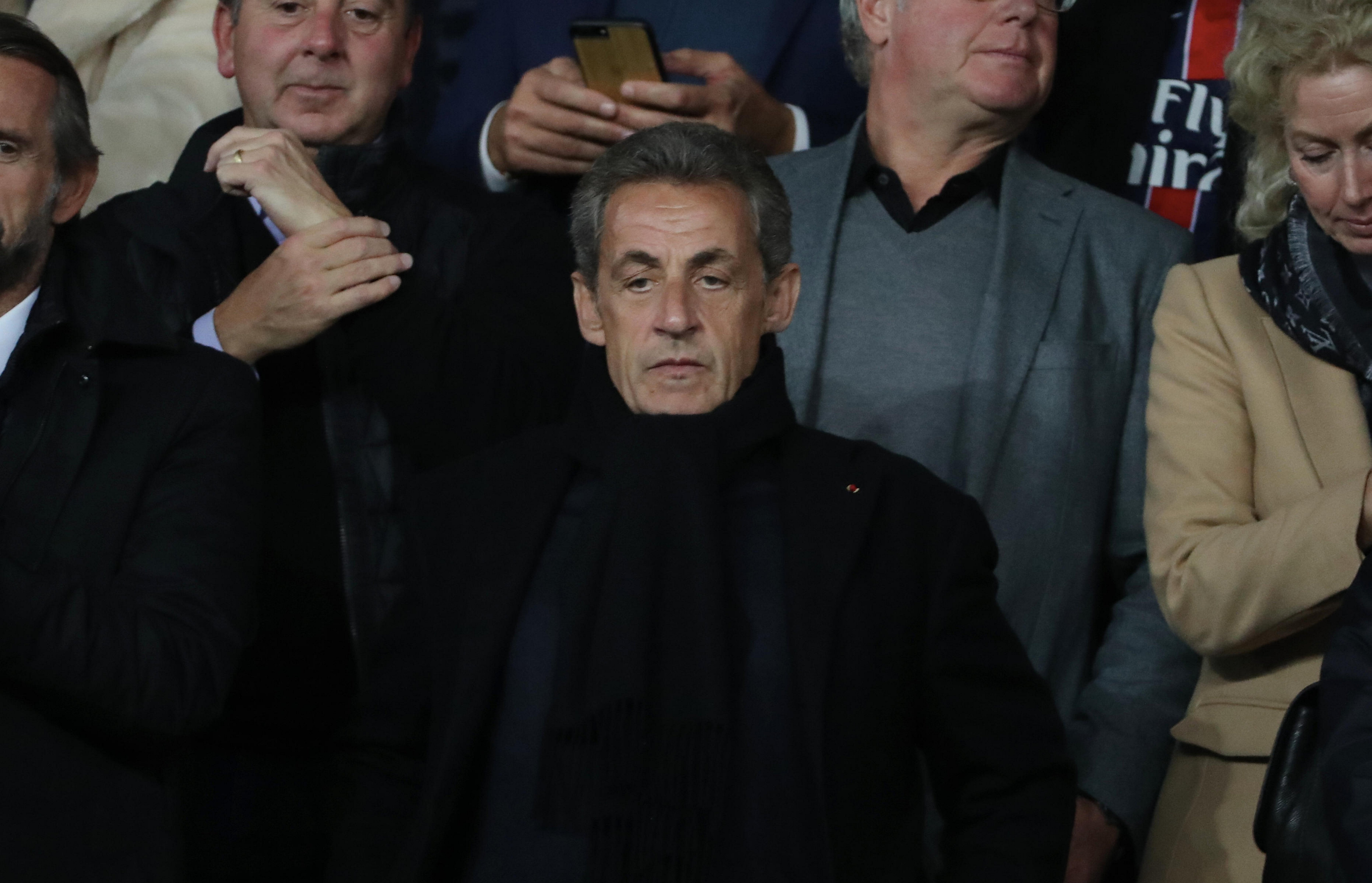 Nicolas Sarkozy au match du Groupe C de la Ligue des champions de l'UEFA | Photo : Getty Images