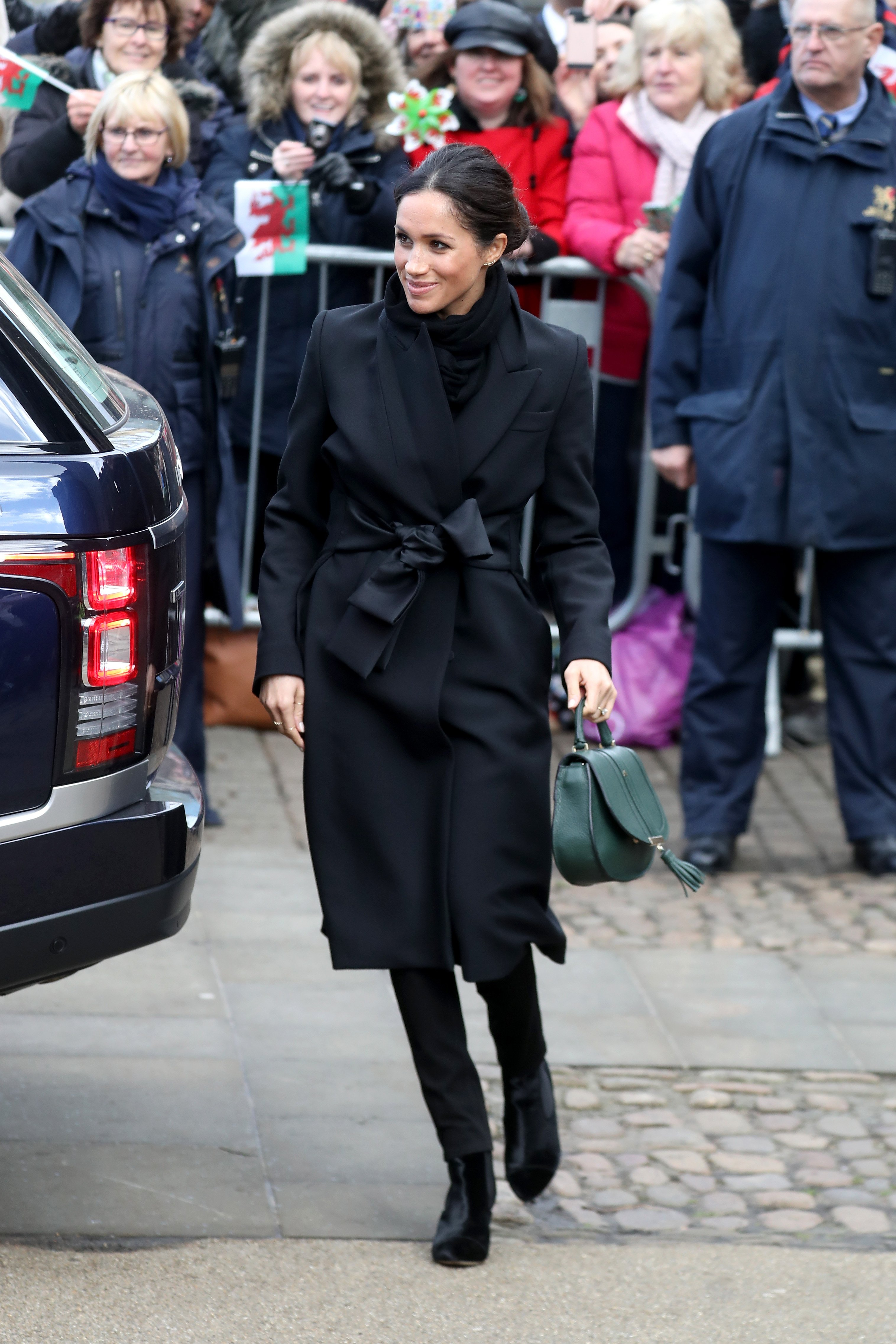 Meghan Markle arrives to a walkabout at Cardiff Castle on Jan. 18, 2018 in Cardiff, Wales | Photo: Getty Images