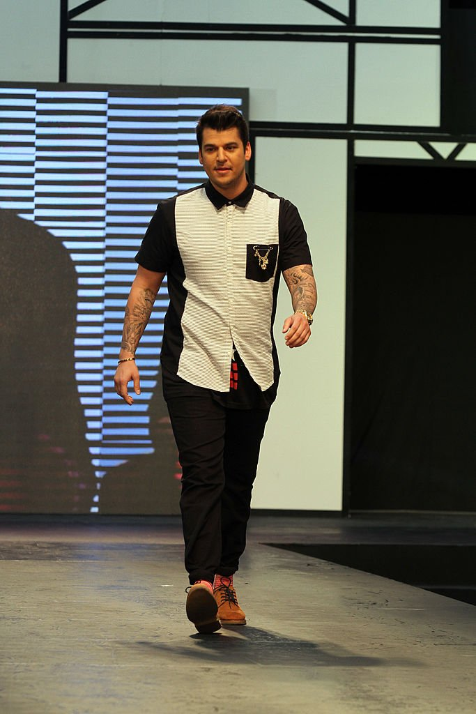 Rob Kardashian showcases designs by Human on the runway on day five of Philippine Fashion Week Spring/Summer 2013 on October 27, 2012.   Photo: Getty Images