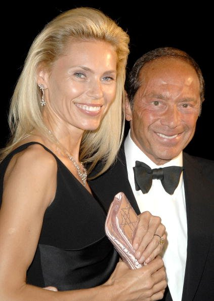 Anna Aberg and Paul Anka at the Marriott Marquis Hotel in New York on June 19, 2008 | Photo: Getty Images