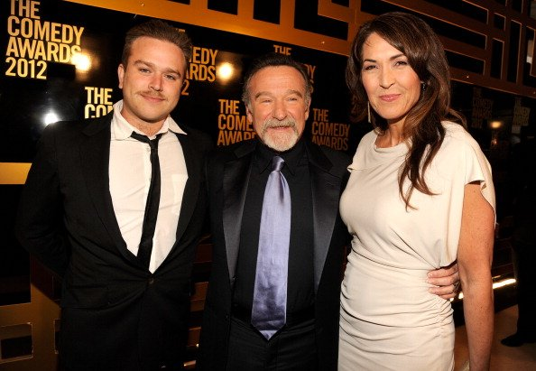 Zachary Pym Williams, Robin Williams and Susan Schneider at Hammerstein Ballroom on April 28, 2012 in New York City. | Photo: Getty Images