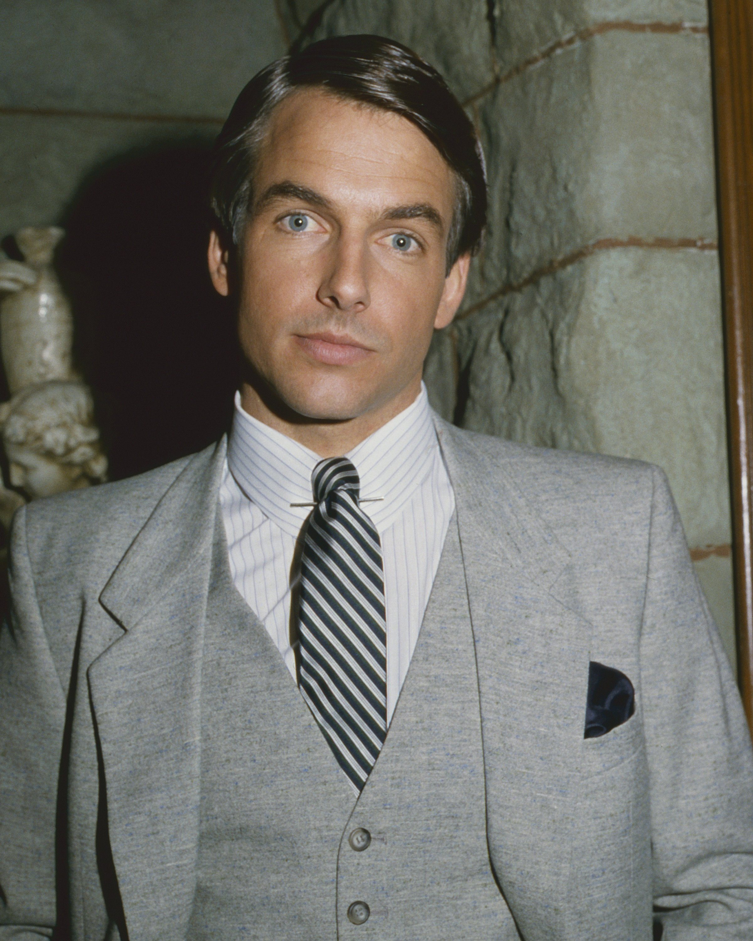Portrait of American actor Mark Harmon (in costume as Fielding Carlyle) for the televisions show 'Flamingo Road,' Burbank, California, February 9, 1982.  | Source: Getty Images