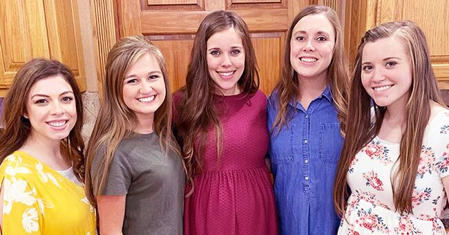Anna Duggar Shares a Photo of the Five Pregnant Sisters in Their First Group Picture Together