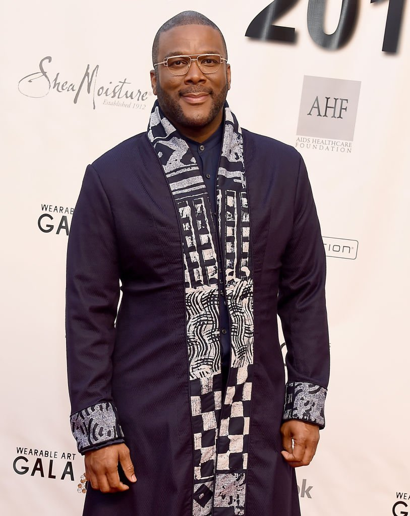 Tyler Perry arrives at the WACO Theater Center's 3rd Annual Wearable Art Gala at The Barker Hangar at Santa Monica Airport | Photo: Getty Images
