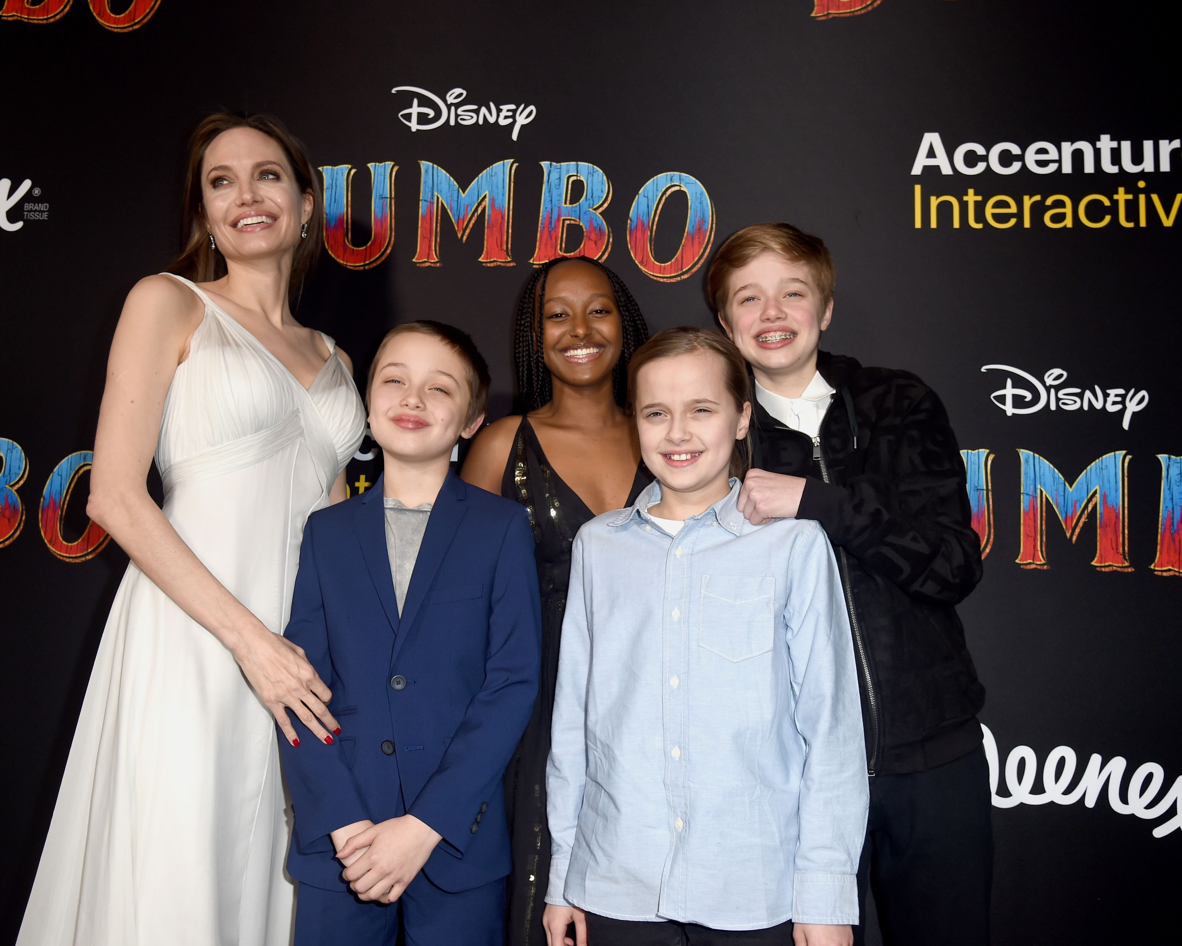 """Angelina Jolie, Knox Leon Jolie-Pitt, Zahara Marley Jolie-Pitt, Vivienne Marcheline Jolie-Pitt, and Shiloh Nouvel Jolie-Pitt attend the premiere of Disney's """"Dumbo"""" at El Capitan Theatre on March 11, 2019 in Los Angeles, California. 