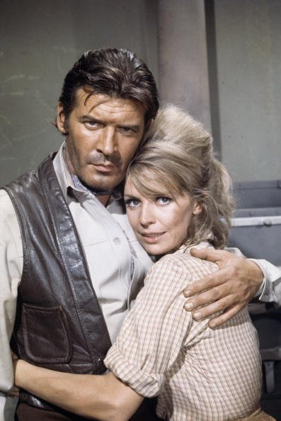 Peter Breck and Janis Hansen pictured in 1968. | Photo: Getty Images