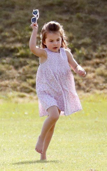 La princesse Charlotte au Beaufort Polo Club le 10 juin 2018 à Gloucester, Angleterre   Photo : Getty Images