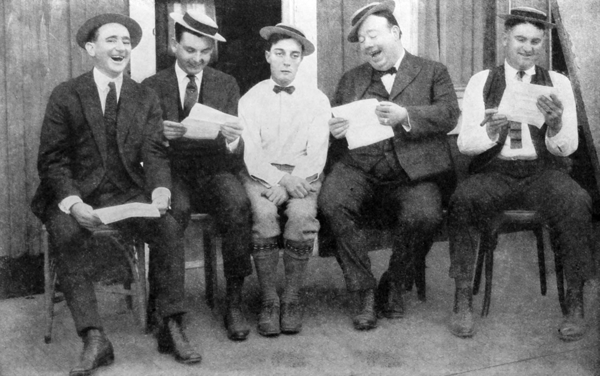 Buster Keaton and his writers in 1923. I Image: Wikimedia Commons.