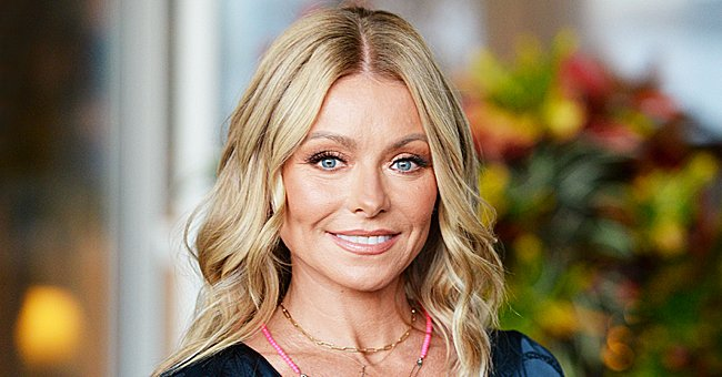 Kelly Ripa Delights Fans with Sexy Throwback Shot from 2009