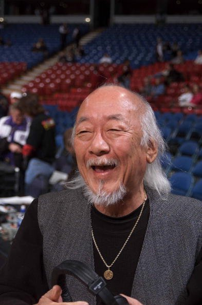 Pat Morita stops in to watch the Kings take on the Philadelphia 76ers at ARCO Arena | Photo: Getty Images