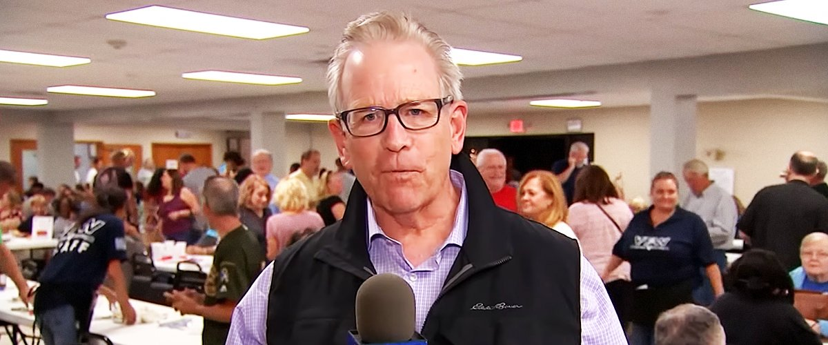 Veteran journalist Dick Johnson during an interview for NBC | Photo: youtube.com/NBC Chicago