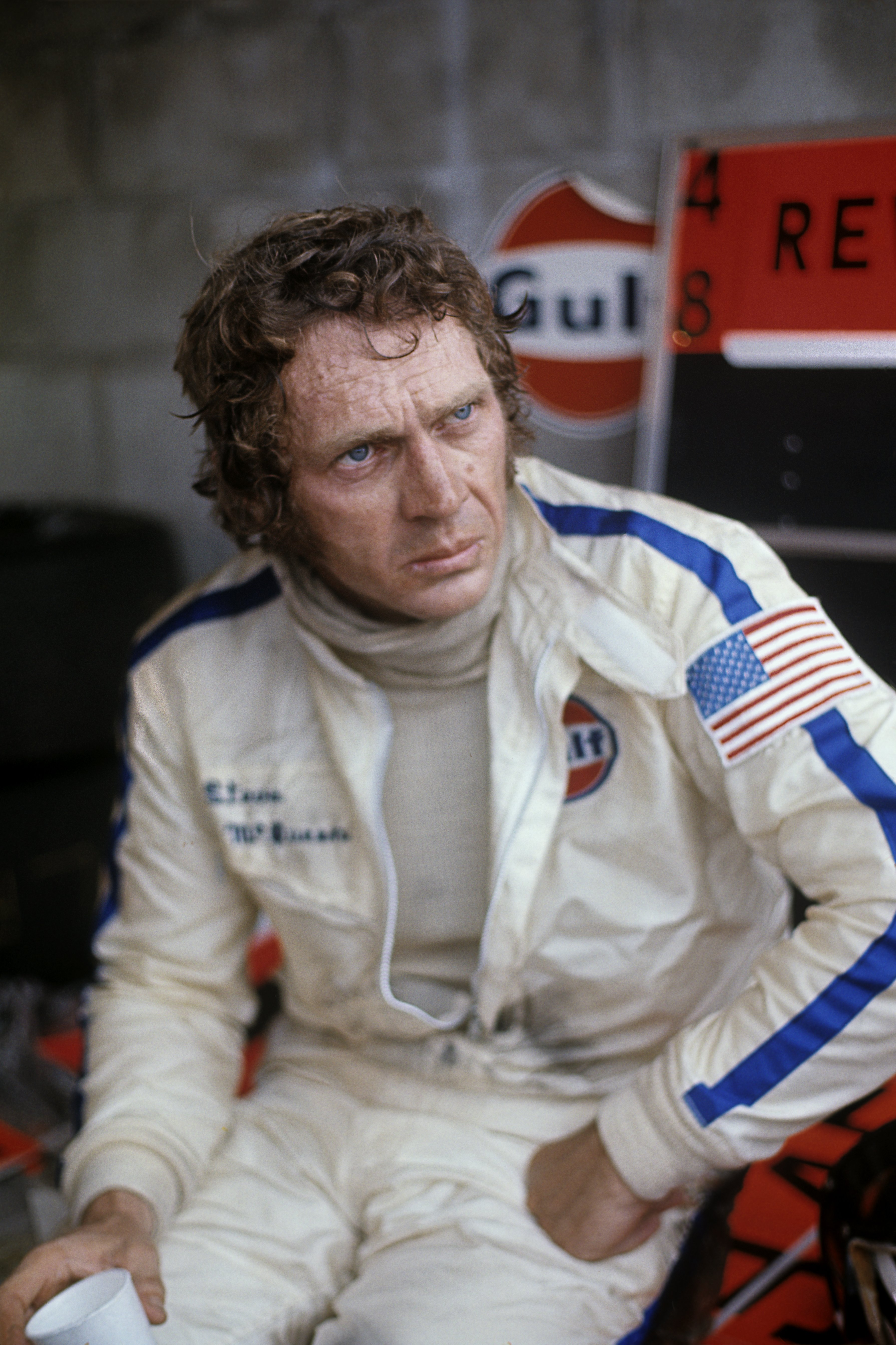 Steve McQueen poses during 12 Hours of Sebring race in 1970 | Photo: Getty Images