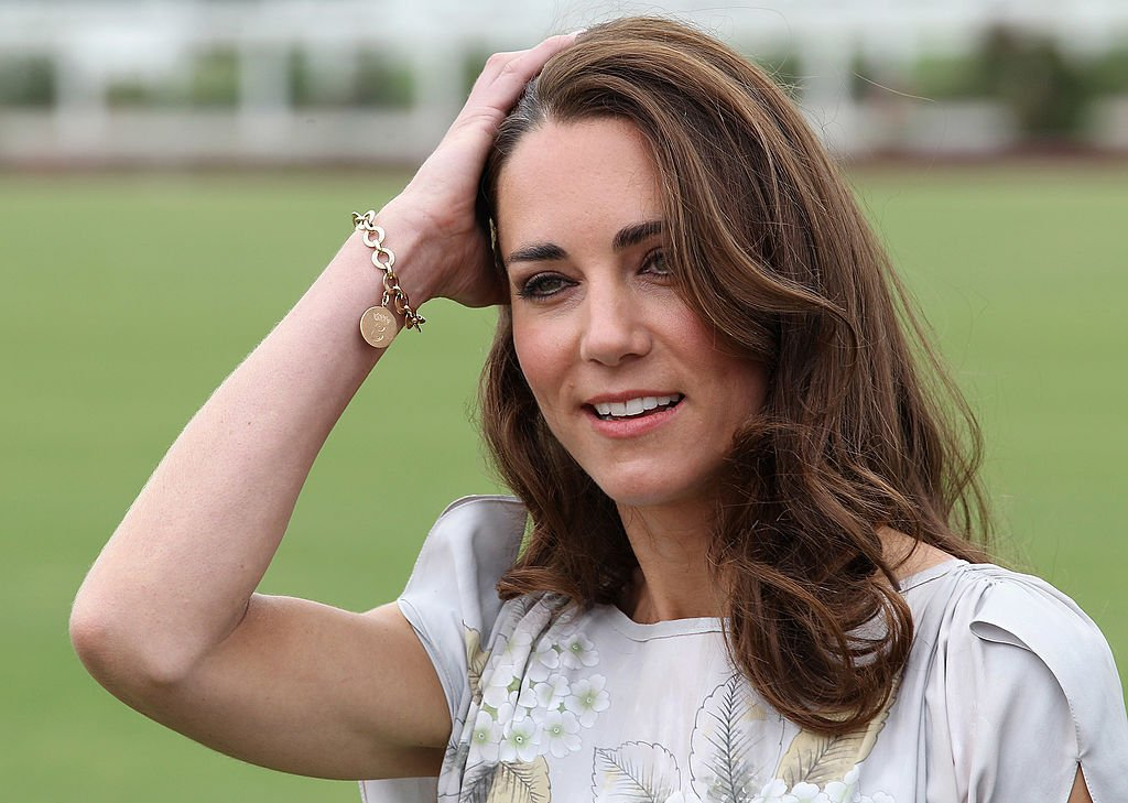 Catherine, duquesa de Cambridge, en el Club de Raqueta y Polo de Santa Barbara, el 9 de julio de 2011 en Santa Bárbara, California. | Foto: Getty Images