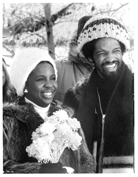 Gladys Knight and Barry Hankerson are remarried in a scene from the film 'Pipe Dreams', 1976. | Photo: Getty Images