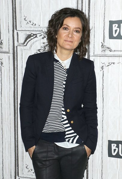 """Sara Gilbert at the Build Series to discuss """"The Conners"""" on September 18, 2019   Photo: Getty Images"""