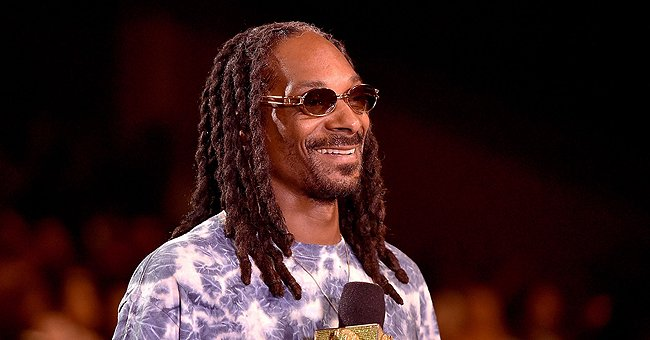Snoop Dogg's Look-Alike Father Vernell Enjoys Bonding Time with His Grandsons in a Throwback Photo