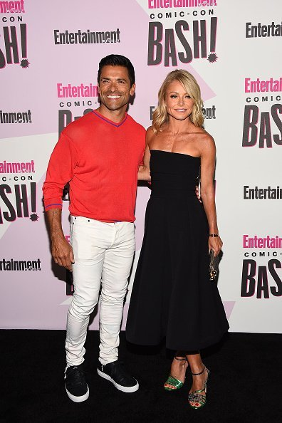 Mark Consuelos and Kelly Ripa at the Entertainment Weekly's Comic-Con Bash on July 21, 2018 | Photo: Getty Images