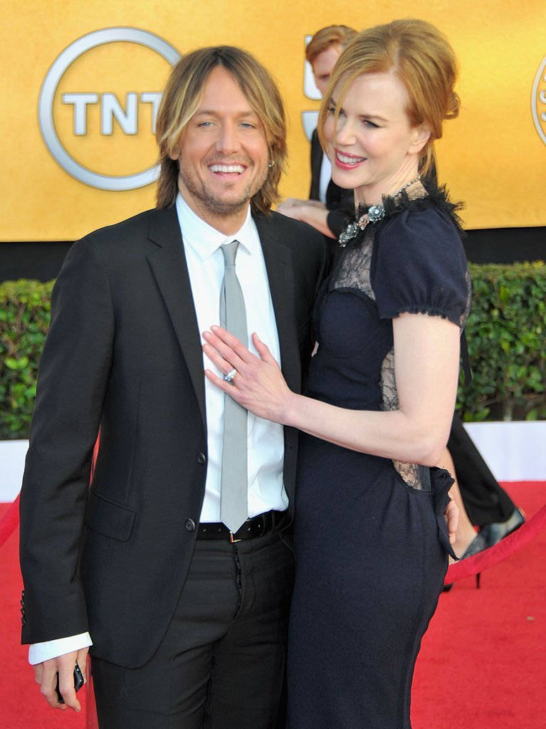 Singer Keith Urban and actress Nicole Kidman arrives to the 17th Annual Screen Actors Guild Awards | Photo:  Alberto E. Rodriguez/Getty Images