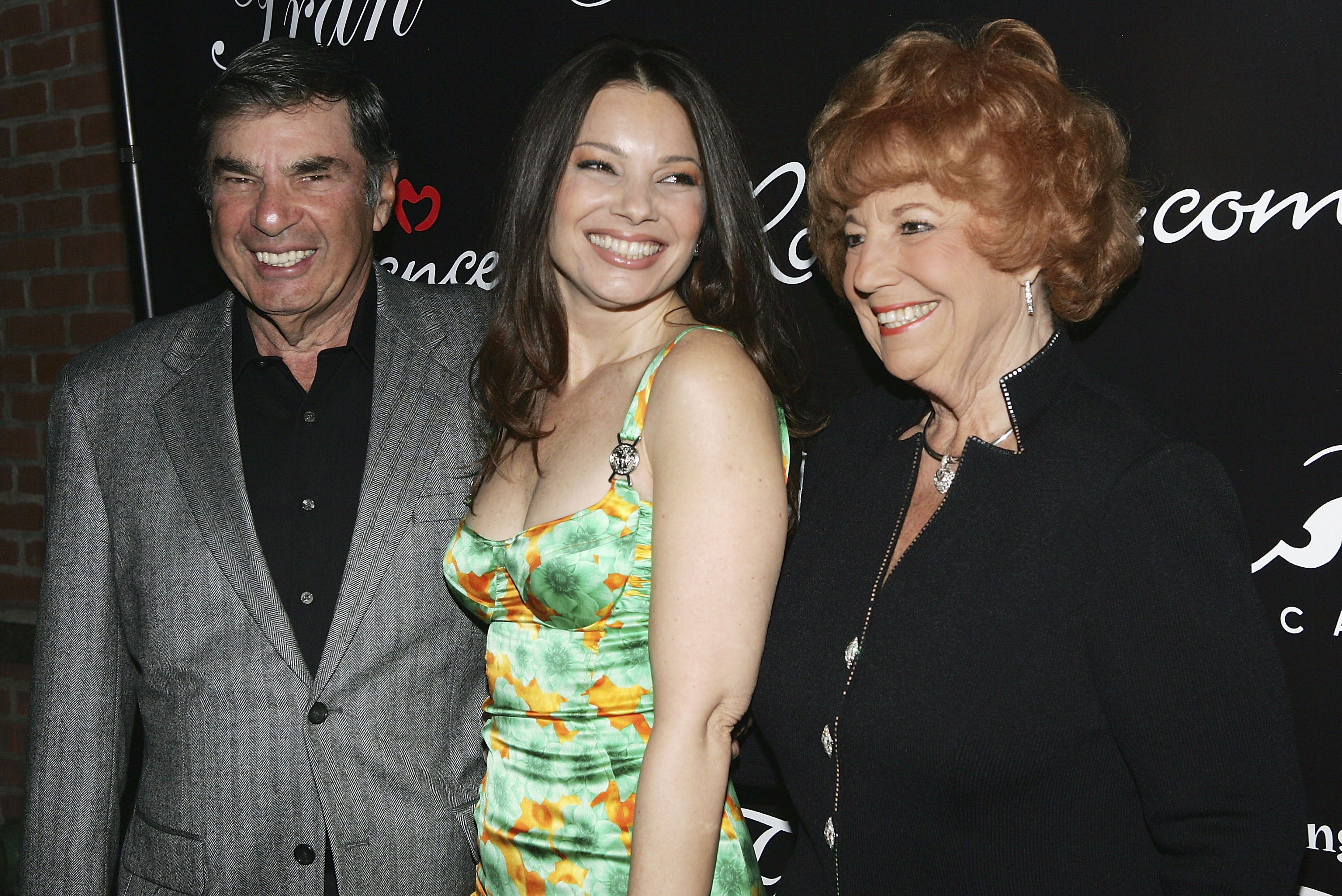 Marty, Fran and Sylvia Drescher. Image Credit: Getty Images