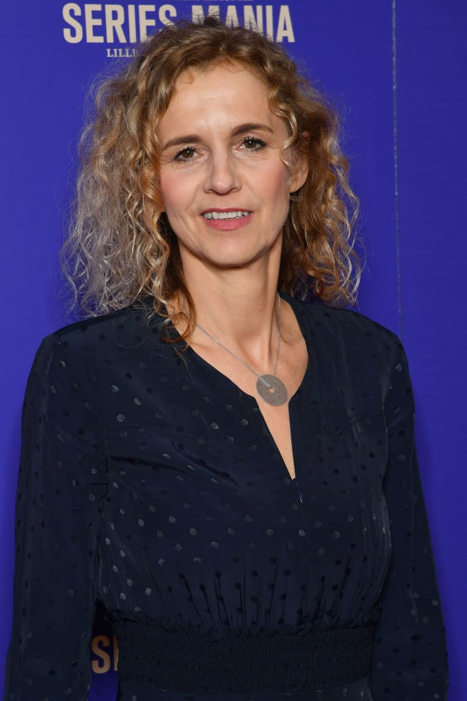 Delphine de Vigan assiste à la cérémonie d'ouverture du festival 2nd Series Mania à Lille le 22 mars 2019 à Lille, France. | Photo : Getty Images