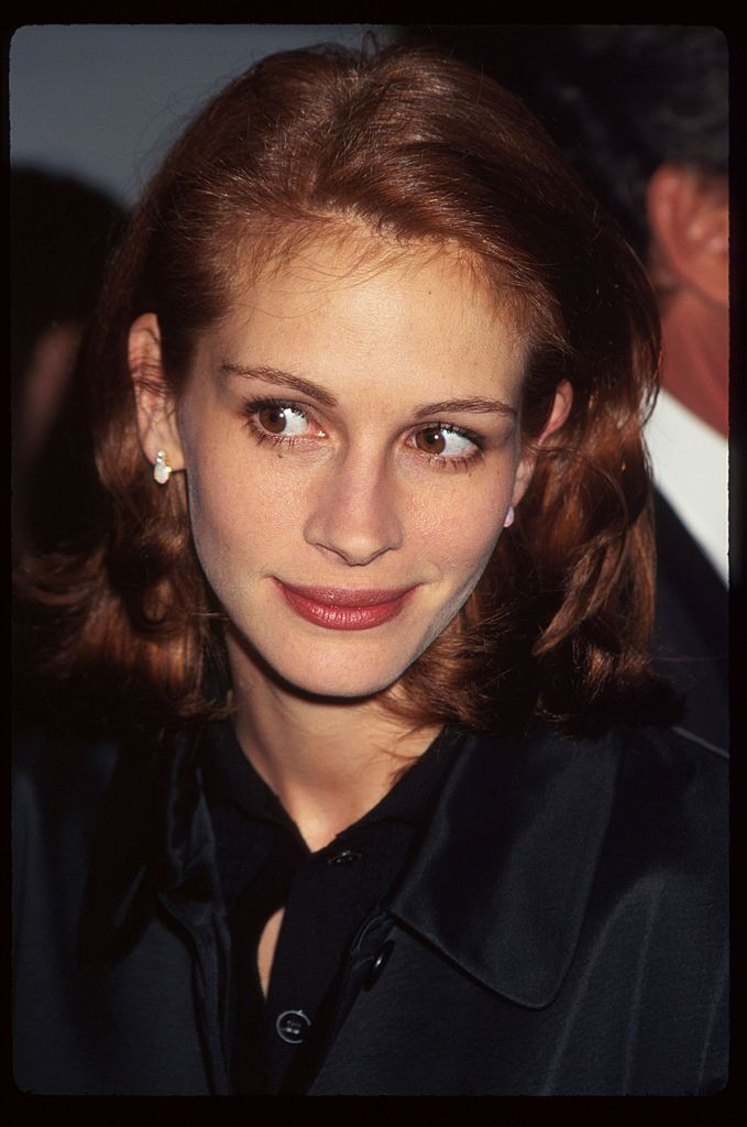 """Julia Roberts attends the premiere of """"Michael Collins."""" 