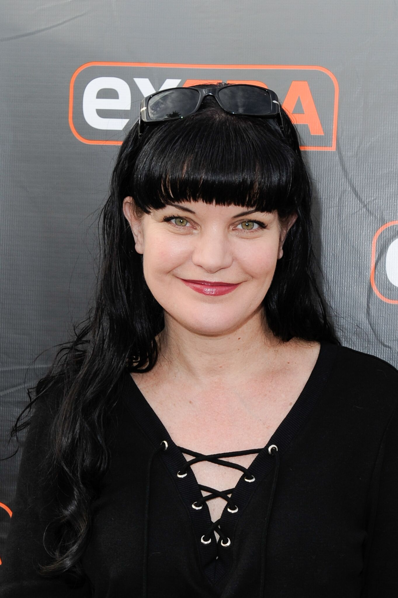 "Pauley Perrette visits ""Extra"" at Universal Studios Hollywood  