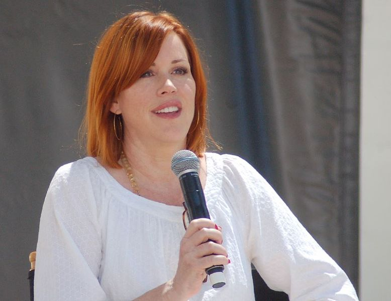 Molly Ringwald at the LA Festival of Books. | Source: Wikimedia Commons